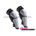 661 - Youth knee/shinguards